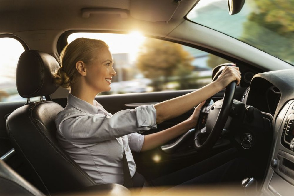 Atunci cand urmeaza sa inchiriezi o masina si esti confuz – top sfaturi si intrebari